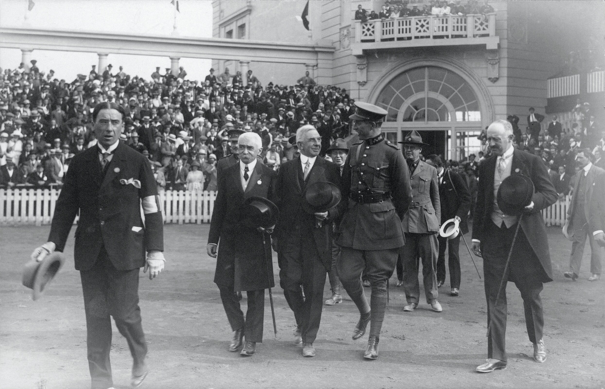 Antwerp 1920 OG - (1st) Alfred Verdyck CE JO, (2nd) Baron Pierre de Coubertin, IOC President, (4th) Albert I, King of Belgium and (5e) Count Henri de Baillet-Latour, Belgium (BEL) IOC and Anvers 1920 OCOG Président, enter the Olympic Stadium.