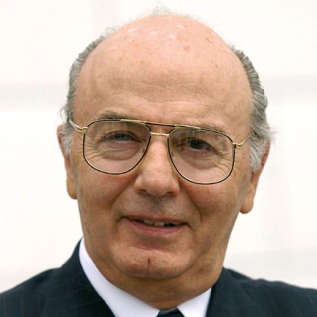 Mr Lambis V. NIKOLAOU
