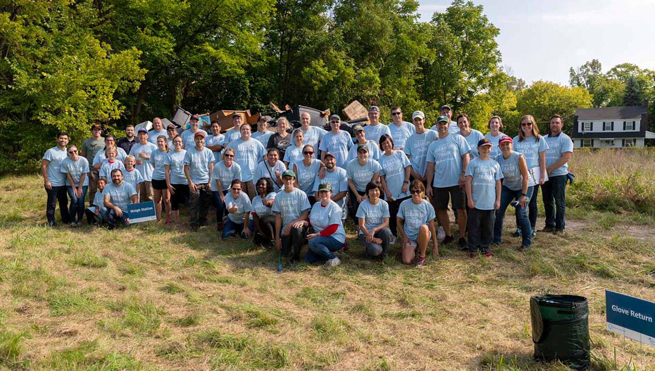 Dow successfully rallies employees and partners to reduce marine litter with its global campaign #PullingOurWeight Beach Clean-up
