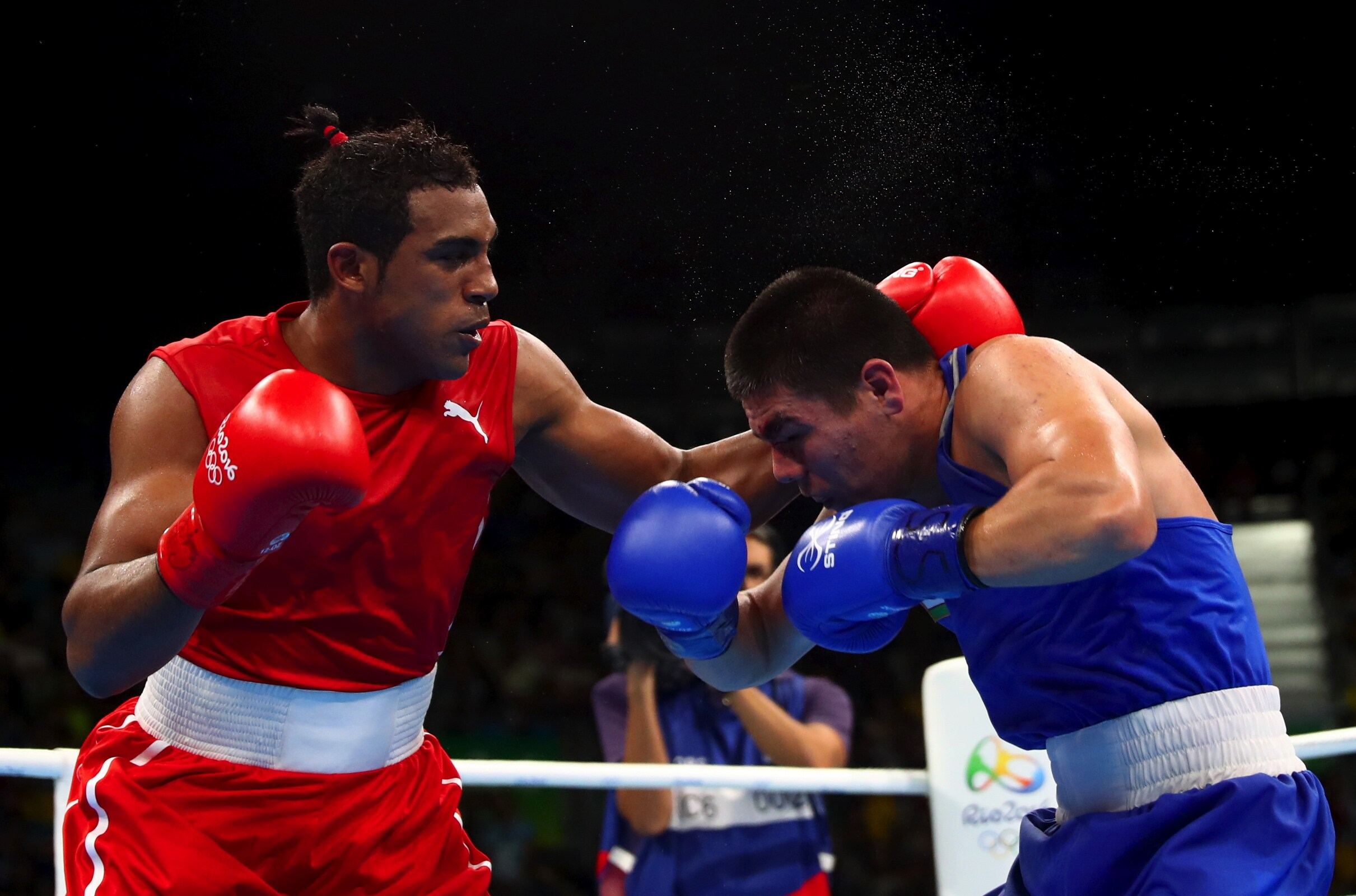 Boxing - Men's Middle